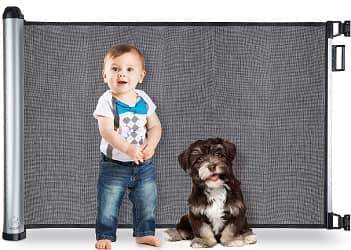BabySeater Retractable Baby Gate